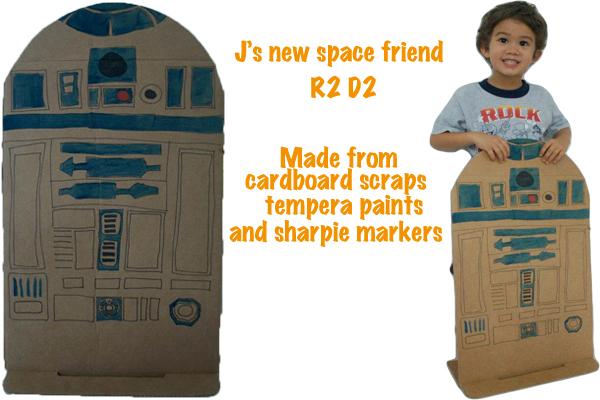 star-wars-cardboard-robot