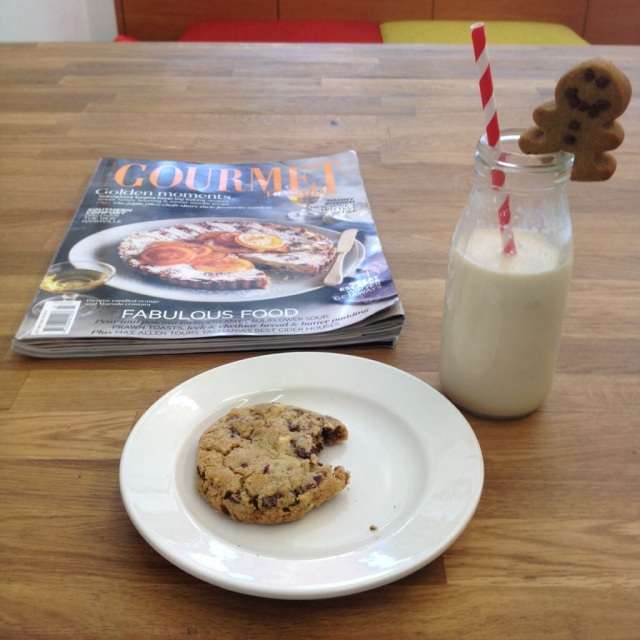 Cookie, milk and a nice magazine.