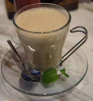 Hot Cafe Au Lait (SGD$5.80)
