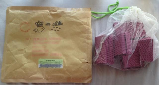 The postal bird bringeth the presents!