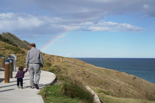 tacking-point-lighthouse-macquarie-rainbow-grandparent